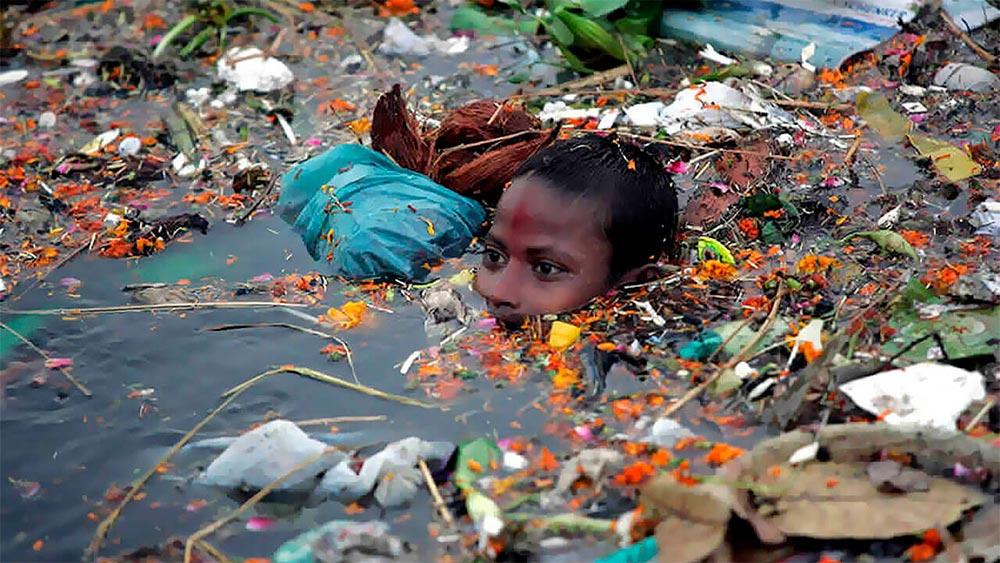 Ганг - одна из самых грязных рек